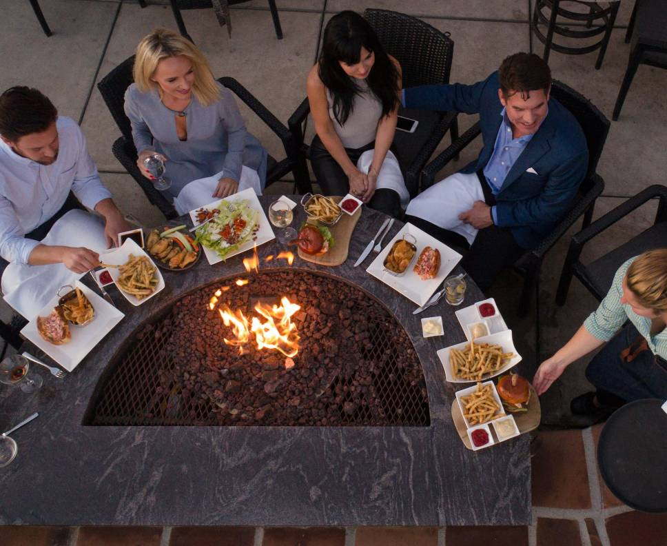 Fire pit dining